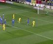 ROMÂNIA U21 - LIECHTENSTEIN U21 // FOTO Nici Buffon în zilele lui bune n-o apăra p-asta! Gol fantastic reușit de Ianis Hagi + Reacția tatălui său