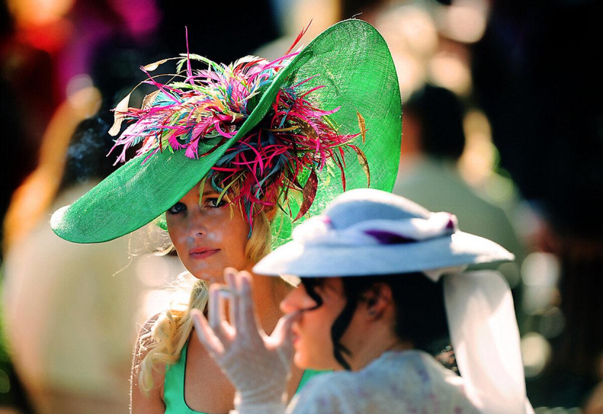 Pălării şi cai » Cîteva imagini senzaţionale din Regatul Unit