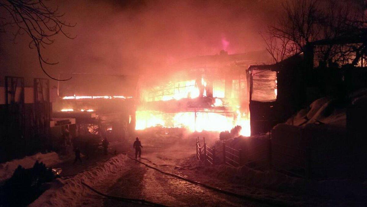 UPDATE VIDEO+FOTO Incendiu puternic la clubul Bamboo din București! Situația răniților, anunțul primarului Capitalei și precizările oficiale ale acționarilor clubului