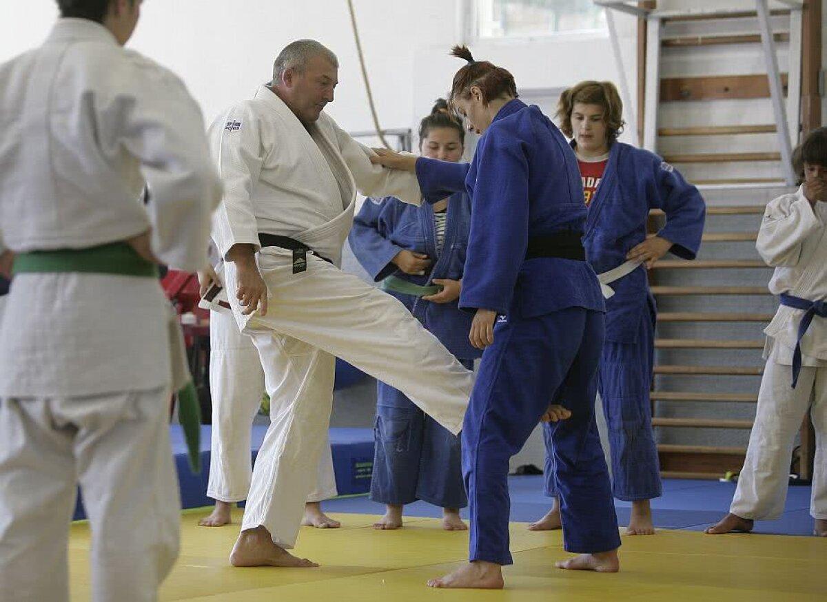 """DEZVĂLUIRI INCREDIBILE » Cătălina Rob Ditan, fostă judoka agresată, anunță un alt caz șocant: """"A învinețit-o pe tot corpul"""""""