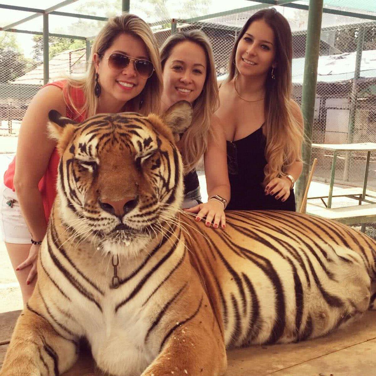 FOTO Malcom, brazilianul de la Barcelona, și iubita sa, Leticia, și-au făcut de cap în Ibiza! Fotografii spanioli i-au surprins pe un iaht