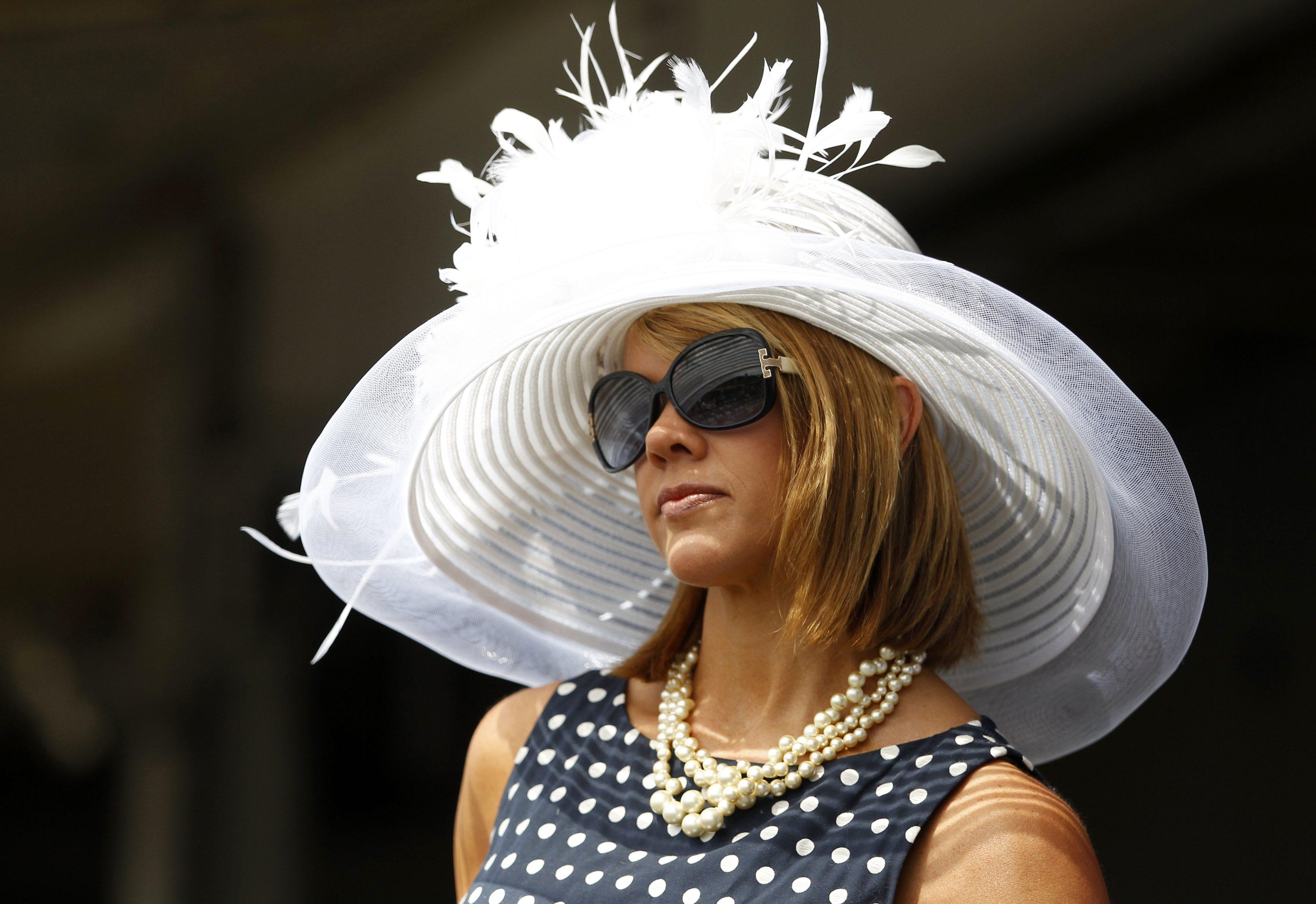 Прикольные картинки женщина в шляпе, дню