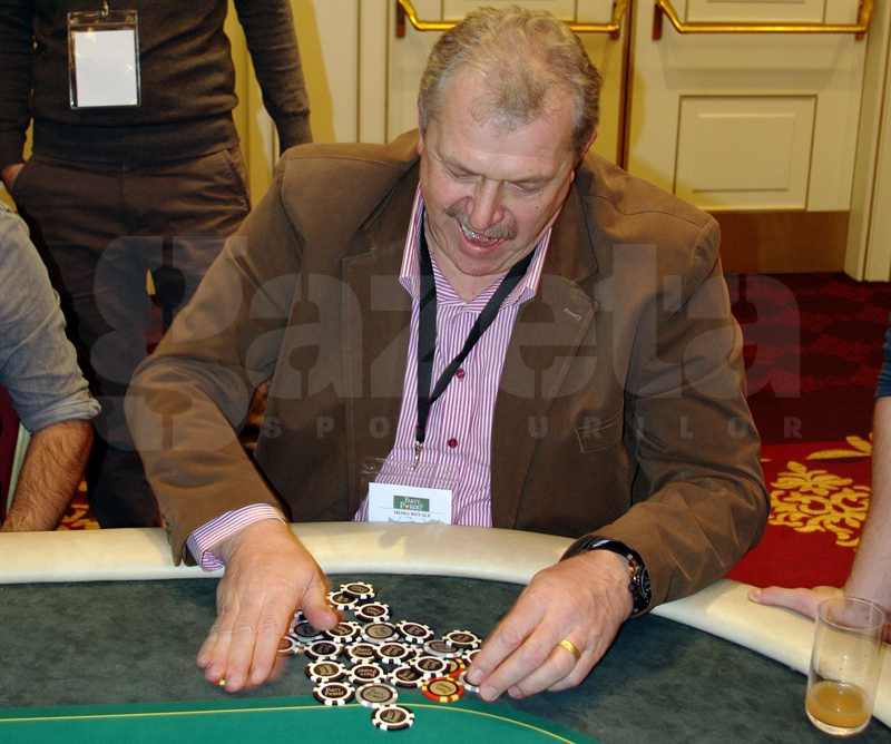 544799-turneu-poker-gina-pistol-helmuth-duckadam-alexandru-piturca-foto-bogdan-fechita-11.jpg