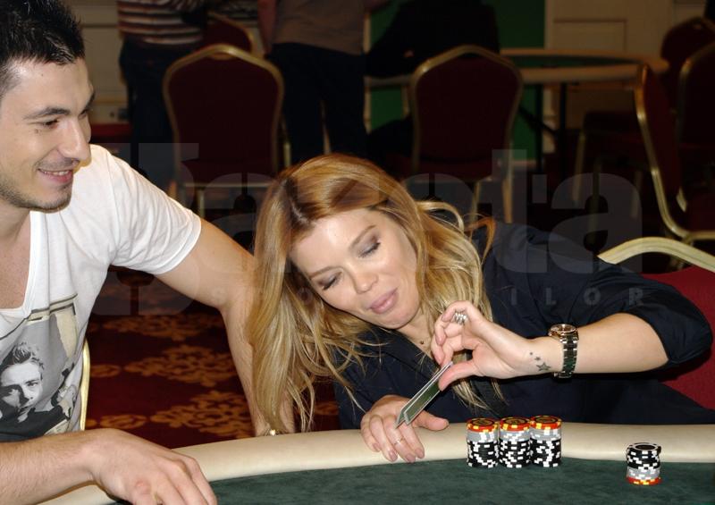 544804-turneu-poker-gina-pistol-helmuth-duckadam-alexandru-piturca-foto-bogdan-fechita-3.jpg