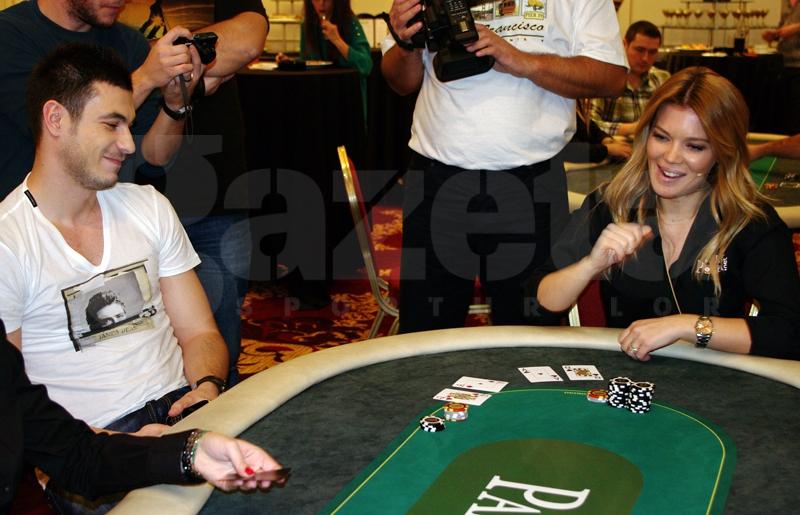 544809-turneu-poker-gina-pistol-helmuth-duckadam-alexandru-piturca-foto-bogdan-fechita-8.jpg