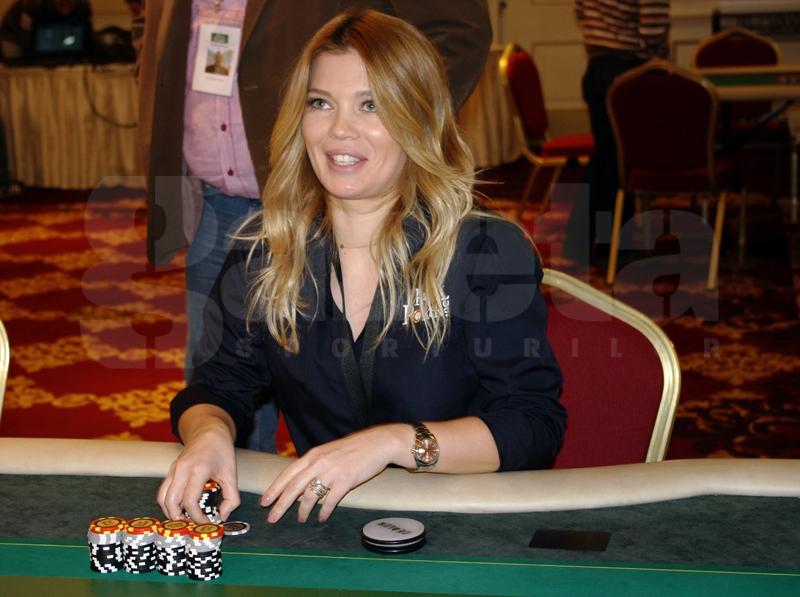 544811-turneu-poker-gina-pistol-helmuth-duckadam-alexandru-piturca-foto-bogdan-fechita.jpg