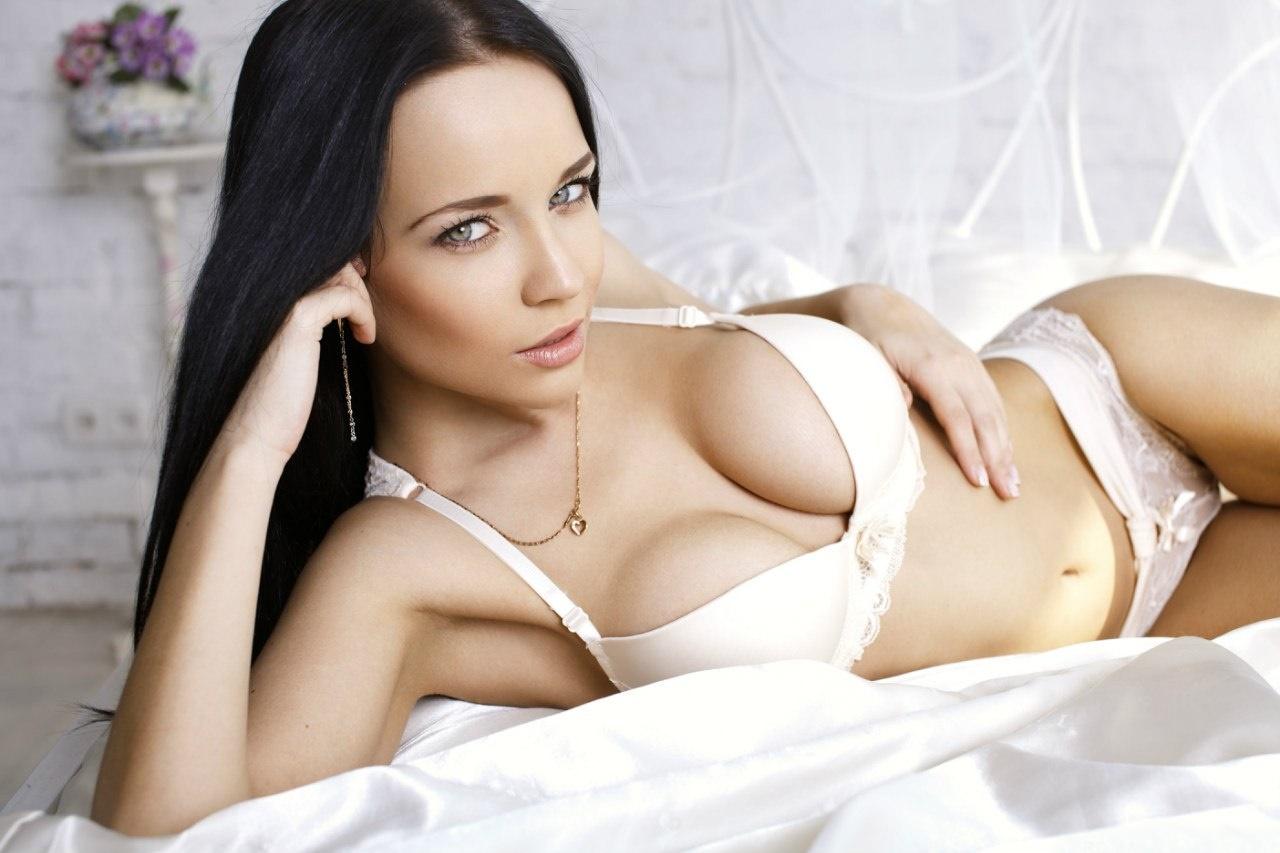 Русская красотка ангелина, Русское порно с Анжелика - смотреть онлайн бесплатно 5 фотография