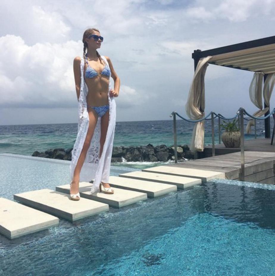 Cele mai hot ipostaze în care a apărut Paris Hilton!