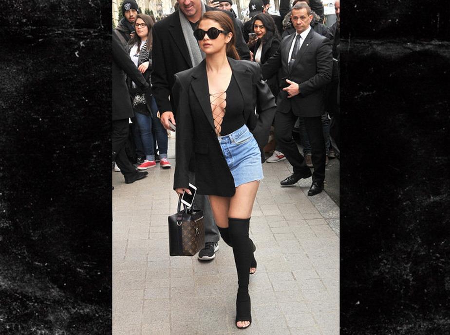 Selena Gomez, demenţială la Paris