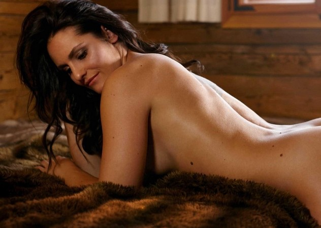 Hilary Rhoda Nude Leaked Photos