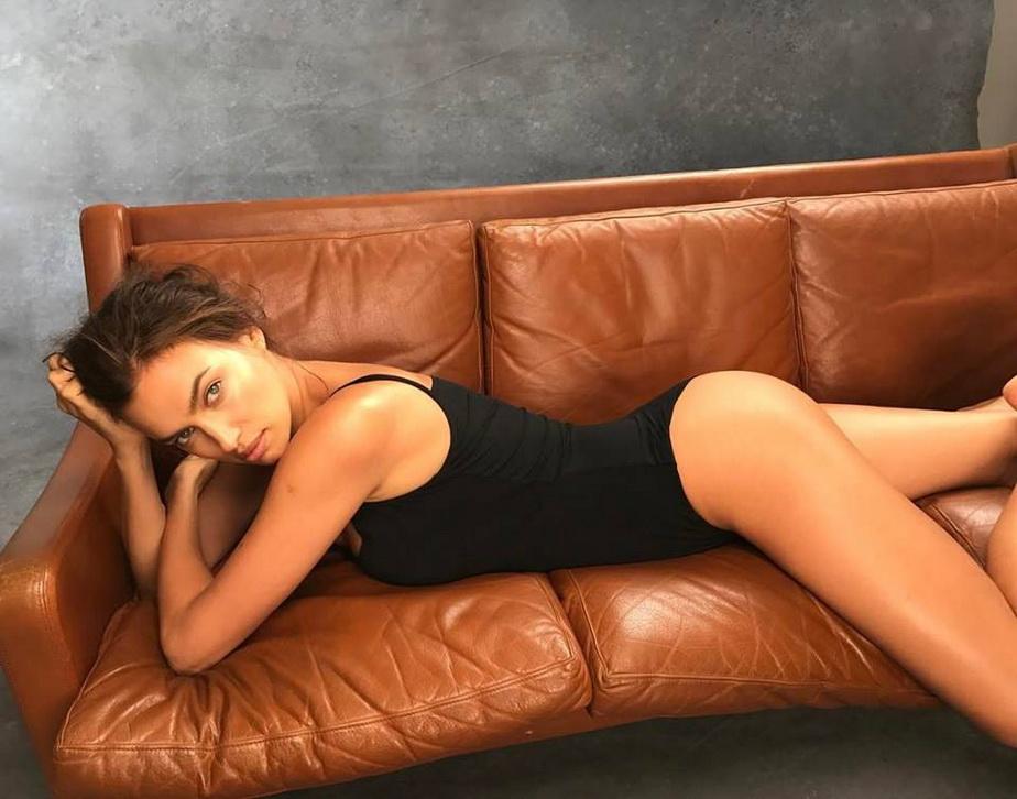 Irina Shayk arată mai bine ca niciodată. Uite fotografiile cu care şi-a vrăjit fanii