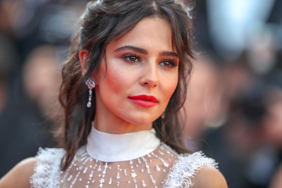 GALERIE FOTO Asemenea frumusețe vezi rar. Uite ce vedetă a întors toate privirile la Cannes!