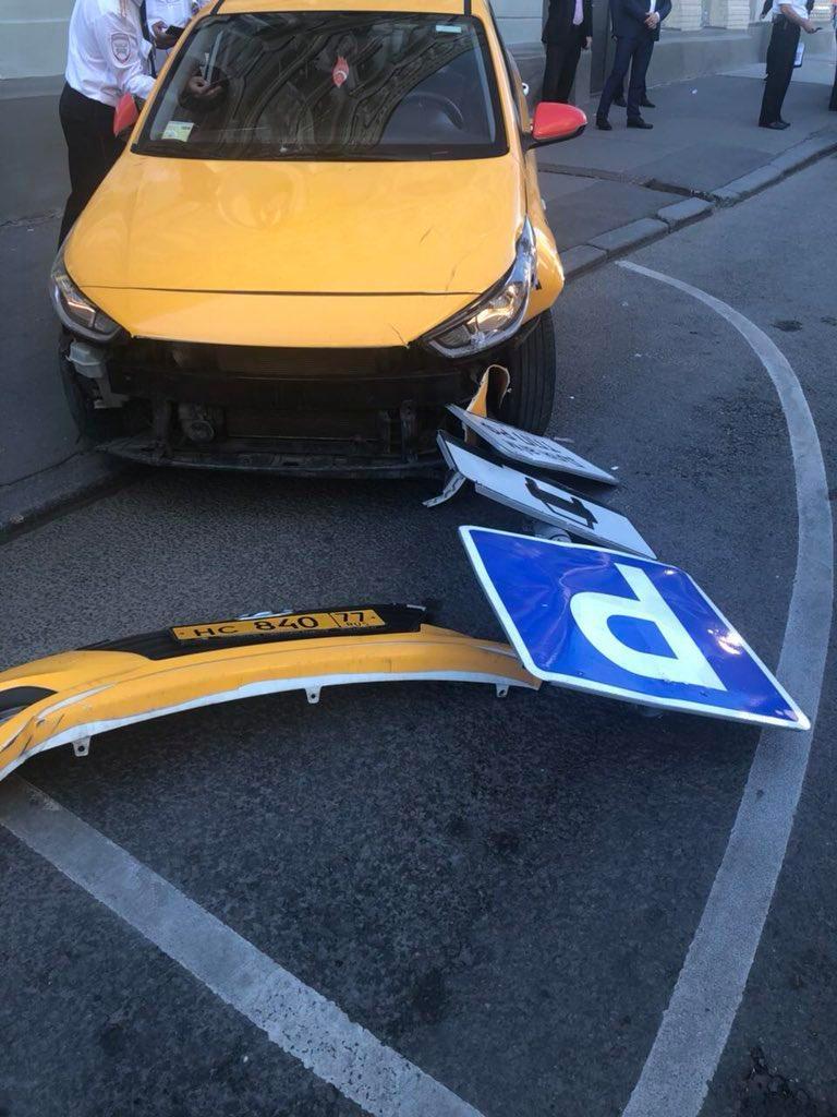 la-moscova-un-taximetrist-a-intrat-cu-masina-in-multime-8-raniti