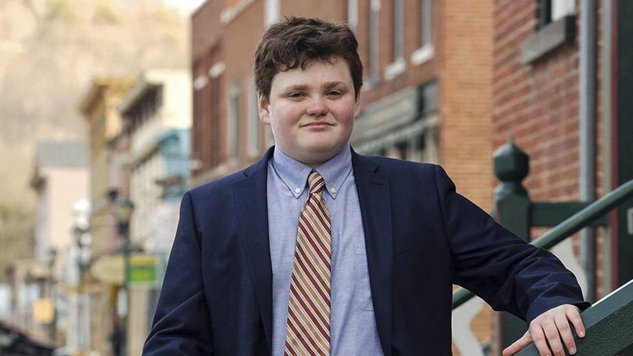 De necrezut! Un copil de 14 ani poate deveni guvernator într-un stat din SUA