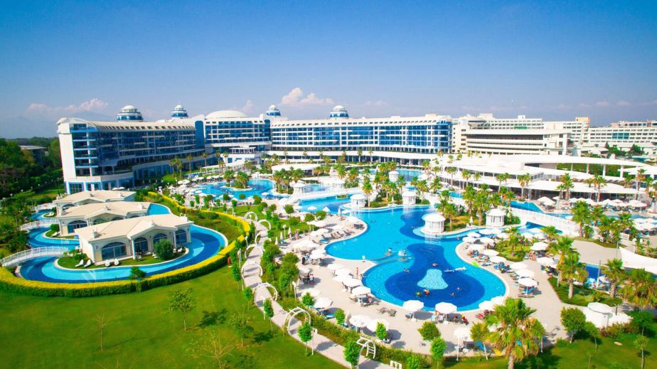 06 hotel viitorul