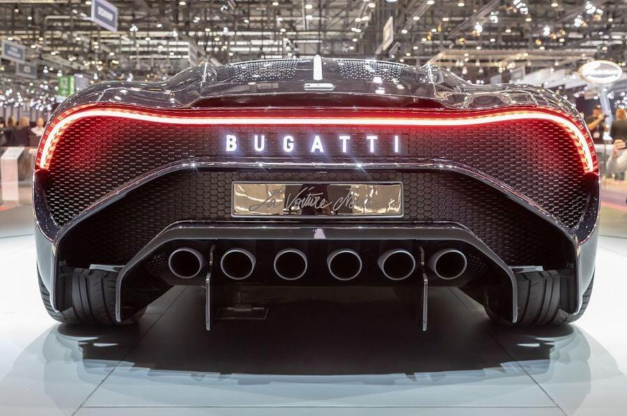 1280px bugatti la voiture noire gims 2019 le grand saconnex gims0948