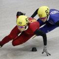 Wang Meng, în echipament roşu (foto: Reuters)