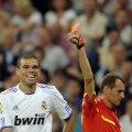 Pepe e unul dintre fotbaliştii care au cîte două eliminări