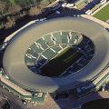 Oficialii de la Wimbledon iau din ce în ce mai serios în considerare ideea de a acoperi şi terenul numărul unu al complexului All England Club