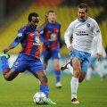 Seydou Doumbia, în roșu și albastru, a ajuns golgeterul Ligii Campionilor