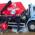 Un sponsor al lui Manchester United a declanşat o campanie împortiva lui Tevez, rebelul care a jucat la echipa lui Sir Alex Ferguson şi acum e la City