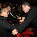 Gigi Becali (dreapta) are la Steaua o conducere formată din opt oameni. În Giuleşti, Copos plăteşte doar doi oameni
