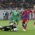 Amasha (în verde) a fost coșmarul steliștilor în meciul de la Haifa. FOTO Raed Krishan