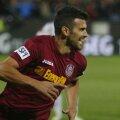 Cadu, căpitan la CFR Cluj, e printre cei mai buni stranieri din Liga 1. FOTO Lorand Vakarcs