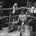 Un moment de pauză în timpul filmărilor din 1979, cu Rober De Niro în rolul principal