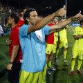 10 iunie 2009, Ogăraru și colegii lui de la Steaua asistau la petrecerea Unirii. Azi e rîndul lui Tănase și al jucătorilor actuali să fie umiliți