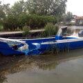 Justin Porcăraşu a fost desfigurat, iar şalupa avariată. Kaiacistul a stat pe locul din faţă/ facebook.com