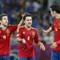 Alba, Xavi şi Busquets, 3 dintre catalanii din naţionala Spaniei. foto: Reuters