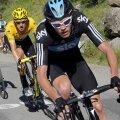 Chris Froome îl conduce pe Bradley Wiggins, tricoul galben al Turului (foto: reuters)