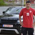 """Dănciulescu are acum ceva în comun cu unul dintre preferații săi, Wayne Rooney, amîndoi conduc o """"bijuterie"""" produsă de Range Rover"""