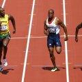 Usain Bolt s-a relaxat către finalul cursei (foto: Reuters)