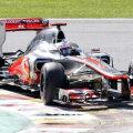 Jenson Button va porni de pe prima grilă, alături de Kobayashi.