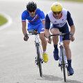 La ciclism, sportivii cu un picior, trebuie să concureze alături de cei cu proteze