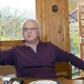La 76 de ani, Dragoş Cojocaru are de povestit trei vieţi, în casa de la Sălişte