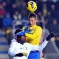 Grozav n-a avut nici o şansă în faţa lui Varela, care şi-a salvat echipa în mai multe rînduri