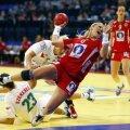 Norvegianca Heidi Loke majorînd cu încă un gol diferența de scor în semifinala cu Ungaria