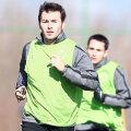 """Adrian Cristea a jucat 6 ani la Dinamo, 2004-2010, unde a avut suişuri şi coborîşuri, iar microbiştii """"cîinilor"""" fie l-au apreciat, fie îl urăsc"""