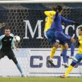 Kuranyi (în albastru) deviază în poartă, din 7 metri, mingea lui Dzsudzsak Foto: Guliver/GettyImages