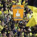 """Fanii Dortmundului l-au mai atacat pe Honess: """"Mai bine galben-negri decît banii voștri negri"""" // Foto: Reuters"""