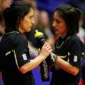 Charlotte şi Julie, înaintea meciului dintre România şi Danemarca, la Euro 2010 // Foto: Raed Krishan