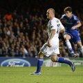 """Oscar (în albastru) înscrie mai mult pe """"Stamford Bridge"""" și, de regulă, cînd el dă gol Chelsea deschide scorul // Foto: Reuters"""