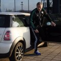 Cu Mini a venit Keller la Schalke în decembrie 2012, tot cu aceeaşi maşină va pleca în decembrie 2013 // Foto: Reuters