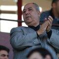 În 2008, Taher a investit 8 milioane de euro la Rapid, apoi Copos l-a alungat din Grant