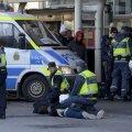 Doi fani arestaţi de poliţie la Helsingborg // Foto: Reuters