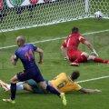 Robben a deschis drumul spre succes, cu al treilea gol la acest CM, egalîndu-i pe Muller și Van Persie // Foto: Reuters