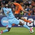 Man. United pregăteşte o ofertă de 15 milioane de euro pentru Douglas Costa (în portocaliu), conform Daily Mirror